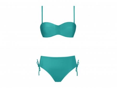 Costumi yamamay 2017 sexy anche al mare foto nuova for Costumi due pezzi piscina
