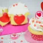 Cupcakes di San Valentino, morbidi e con il cuore dentro