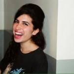 Amy Winehouse giovane e felice in queste nuove foto inedite