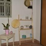 Diy: come realizzare una scala in legno portaoggetti