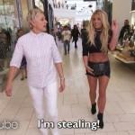 Britney Spears semina il panico al centro commerciale con Ellen