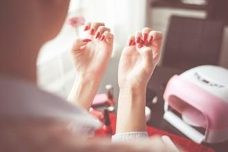 manicure facile e veloce