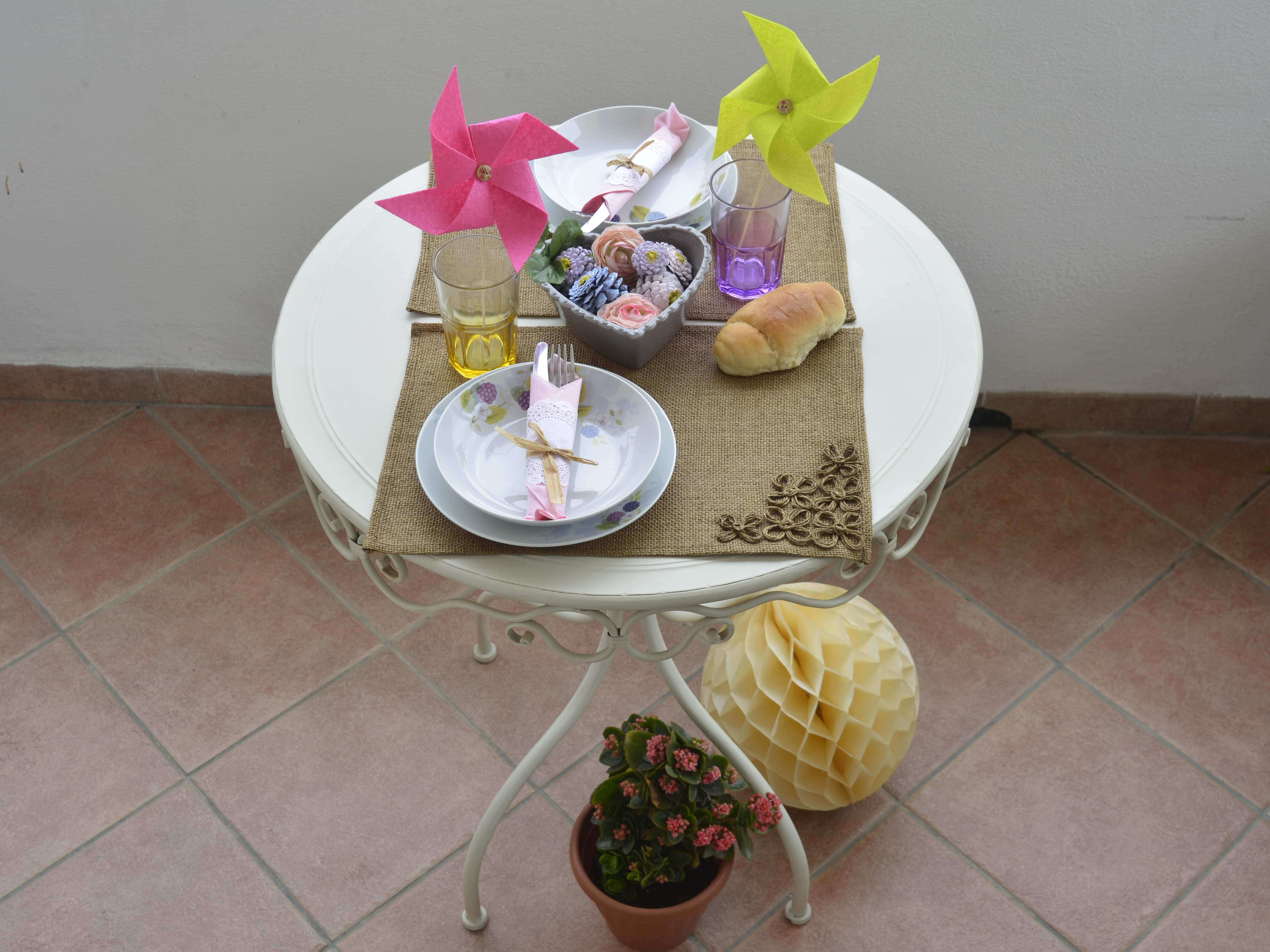 Primavera 3 idee per apparecchiare la tavola wegirls - Tavola di primavera idee ...