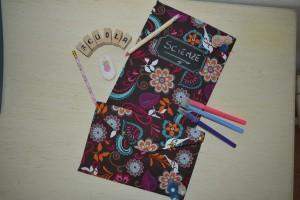 Scuola: quaderno ed astuccio portapenne