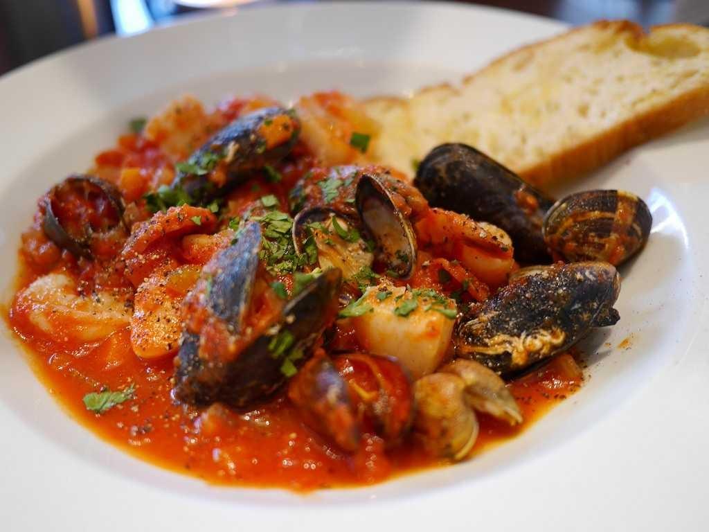 zuppa-di-pesce